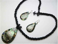 30391-25 Sea Shell Pendant w/Sea Beads Necklace & Earring Set