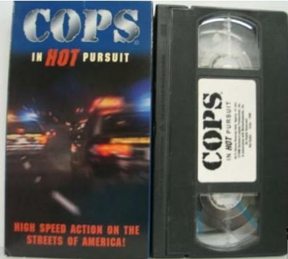 Cops: In Hot Pursuit [VHS] [VHS tape] [1996]