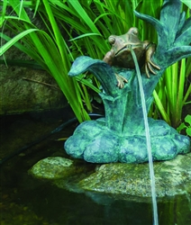 AQUASCAPE Frog on Reed Spitter WITH 180 GPH pump