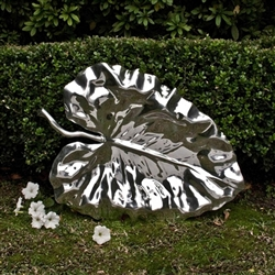 Garden Afrika Leaf (Extra Large) by Beatriz Ball