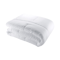 Yves Delorme Anti Allergy, Down Alternative Comforters