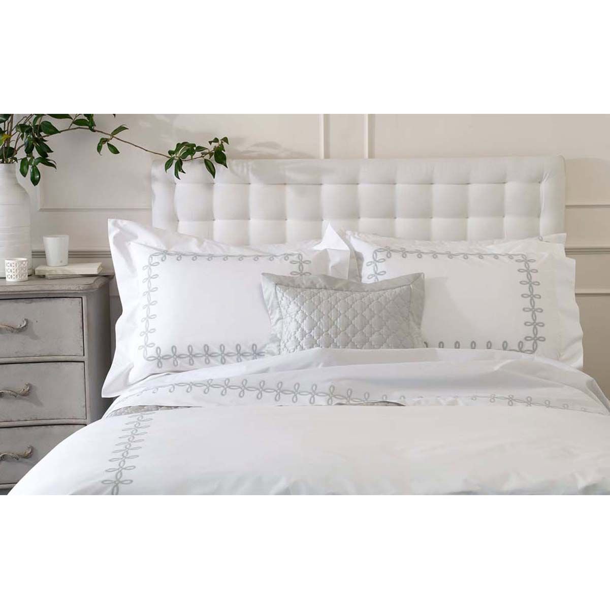High Quality Gordian Knot Luxury Bed Linens By Matouk