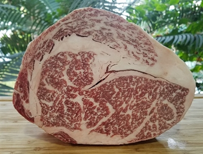 Our Japanese Rib Eye Steaks are juiciest and tender of all the steaks. This marvelously rich, yet mellow boneless cut comes from the heart of the short loin where the most abundant marbling, tender texture and succulent taste is found.
