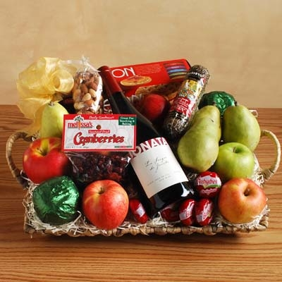 The Royal Treatment Wine Gift Basket