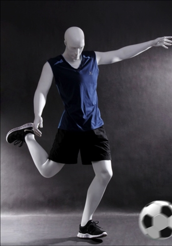 Male Mannequin in Goal Scoring Pose from www.zingdisplay.com