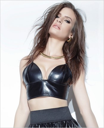 Pleather Long Line Bra with Adjustable Straps CQ-D9302-Black
