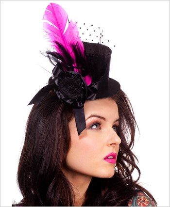 Black Mini Hat With Feather ML-310