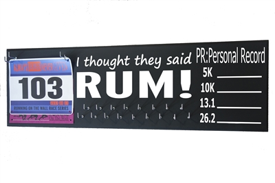 chalk board running triathlon medal display distance RUN RUM