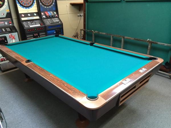 Brunswick Used Pool Tables >> Brunswick Gold Crown Iii 9 Foot Pool Table