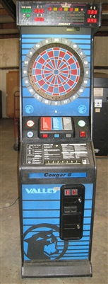 VALLEY COUGAR 8 DART BOARD - ARCADE STYLE COIN OPERATED