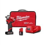 Milwaukee 2555-22 M12 Stubby 1/2 in. Impact Wrench Kit