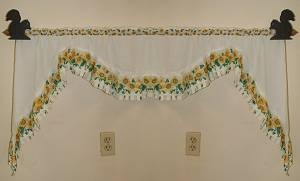 Curtain Rod Holder Pair- Squirrel Design