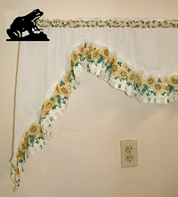 Curtain Rod Holder Pair- Frog Design