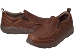 Clarks: Charton Step Brown