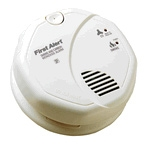 BRK Electronics First Alert SCO5LB 2 AA Lithium Battery Operated Photoelectric Smoke Alarm and Carbon Monoxide Combo Alarm (Upgraded to SCO2LB)