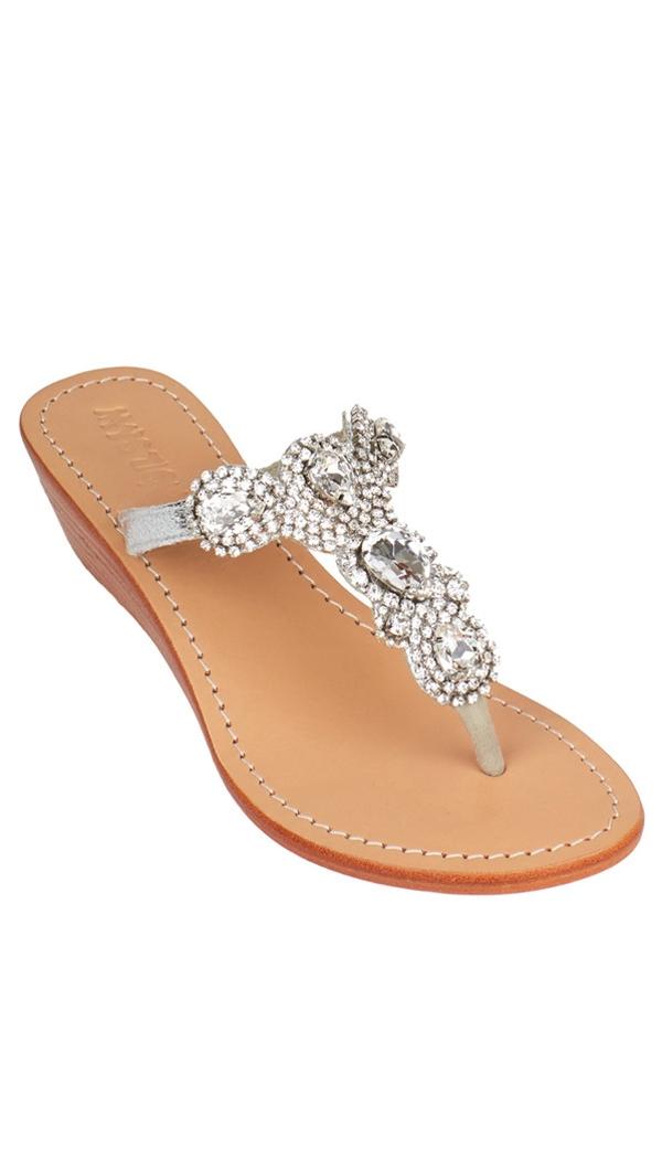 a987eb9e0137b mystique sandals