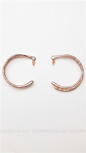 House of Harlow 14 kt Gold Plated Engraved Wishbone Hoop Earrings