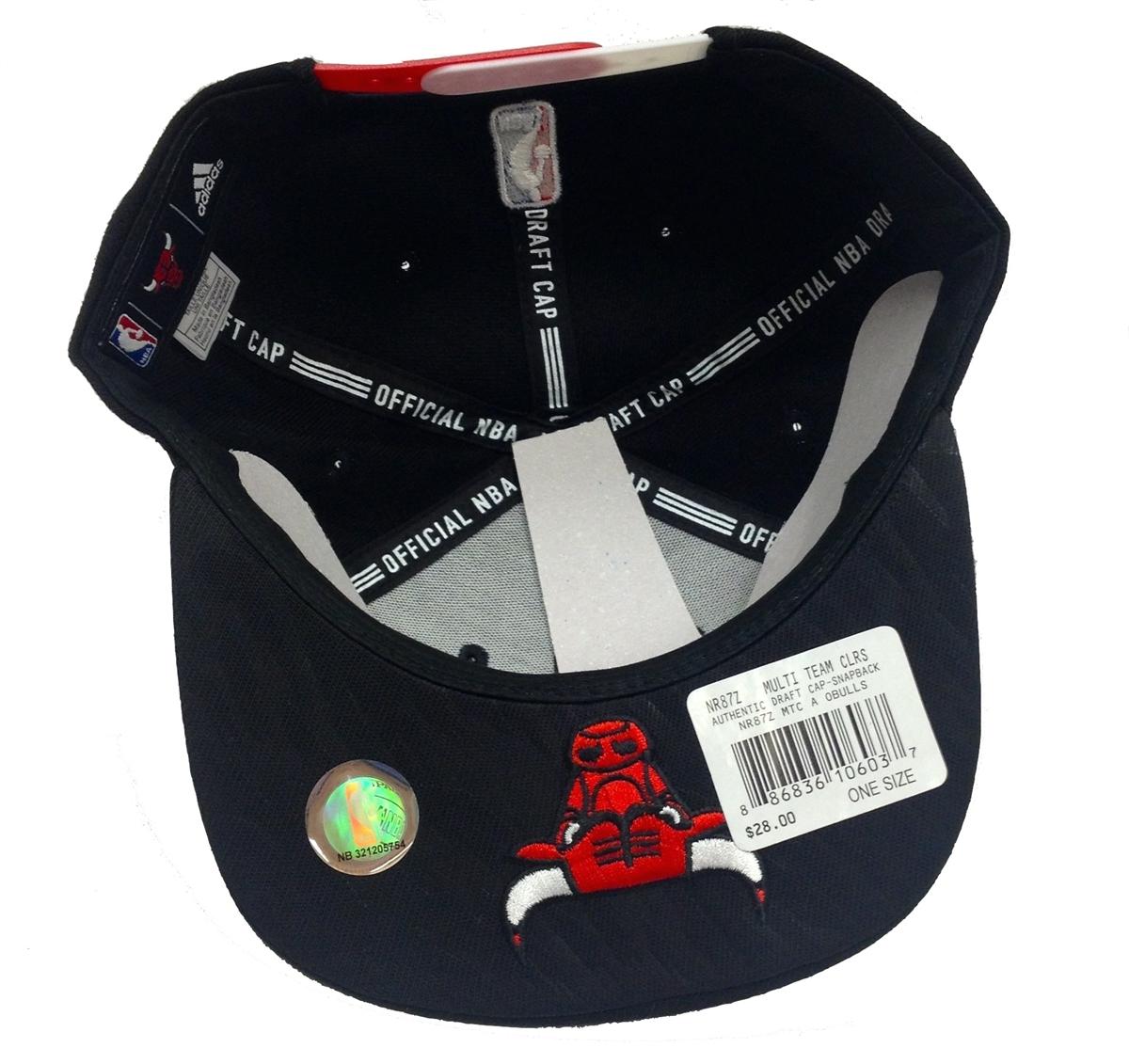 851104ae2c6 Adidas NBA Draft Cap XL Logo Chicago Bulls Black Snapback