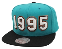 Mitchell   Ness Expansion Pack 1995 Vancouver Grizzlies Snapback 060d272c6963