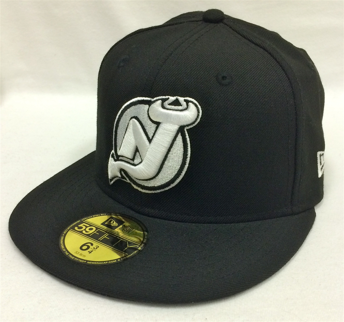 14a80364ffe1c2 New Era 59Fifty NHL Basic New Jersey Devils Black Fitted Cap