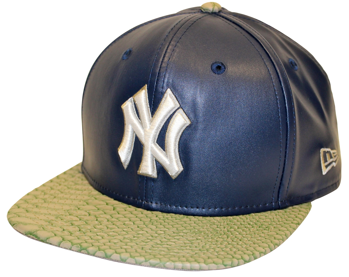 New Era 9Fifty Snake Stop NY Yankees Navy PU Strapback f5754d60b6b