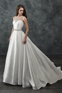 Loadoro Bridal Gown M661
