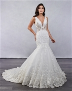 Loadoro Bridal Gowns M687