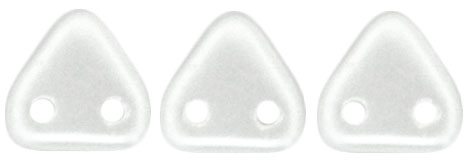 CzechMates Two Hole Trangles 6mm: CZT-25001 - Pearl Coat - Snow