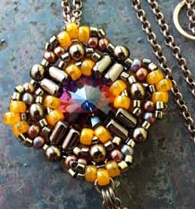 BeadSmith Exclusive Bead Store Patterns - Cressida Pendant