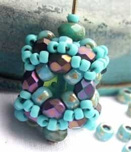 BeadSmith Exclusive Bead Store Patterns - Crystal Cube