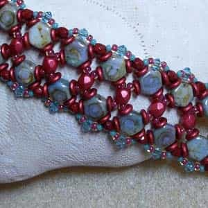 BeadSmith Exclusive Bead Store Patterns - A Honey of a Bracelet