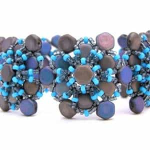 BeadSmith Exclusive Bead Store Patterns - Honey's Flower Bracelet