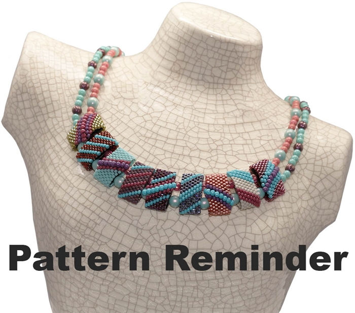 CarrierDuo Netted Pearl Necklace Pattern Reminder