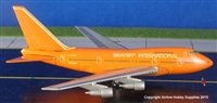 1:400 Boeing 747SP, Braniff International * Scratch & Dent *