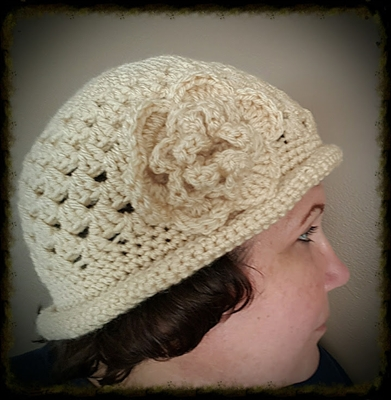 Flapper Flower Hat with Attached Flower - Cream