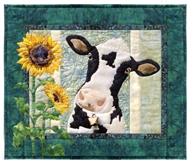 Quilt block of Gladys the Cow.