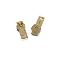 #4.5 Coil Zipper Single Pull Slides Beige