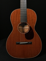 Collings 01 12-Fret with Mahogany Top and Traditional Package