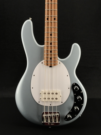 Ernie Ball Music Man Stingray Special H in Firemist Silver