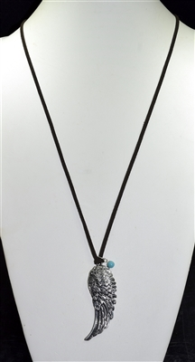 15558 ANGEL WING SUEDE NECKLACE