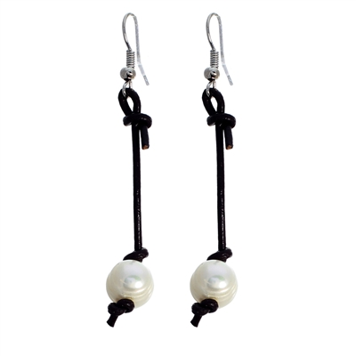 24536BESTO SINGLE PEARL EARRING