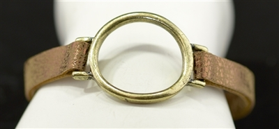 AB1972 HAMMERED OPEN CIRCLE LEATHER BRACELET