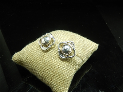CLOVER CLIP ON EARRINGS