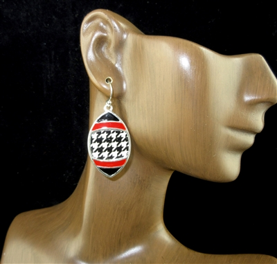 AE3307 HOUNDSTOOTH PATTERN FOOTBALL EARRINGS