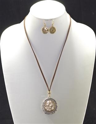 AS5869 HAMMERED CIRCLE SUEDE NECKLACE SET