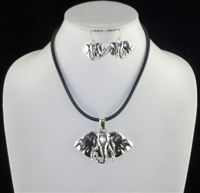 AS5974 HAMMERED SILVER ELEPHANT HEAD NECKLACE SET