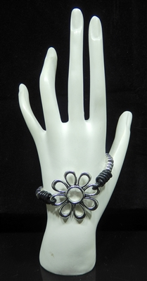 BR1105 ANTIQUE SILVER BEADED FLOWER BRACELET