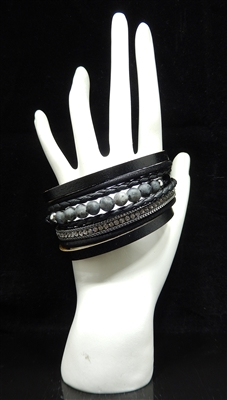 BR3023 BEADED STONE MAGNETIC BRACELET