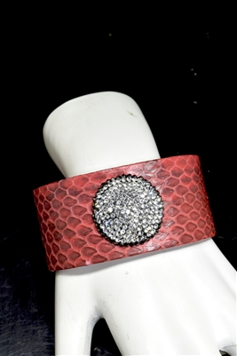 CB102 RHINESTONE CIRCLE RED SNAKE SKIN THICK BANGLE