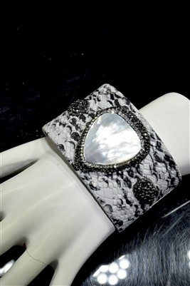 CB114 MOTHER PEARL SNAKE SKIN  CLAY DRUZY BANGLE